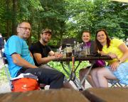 Verdiente Pause mit Stefan und Anne im Gasthaus Zeughaus