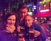 Köln 2015 - Nach unser mitternächtlichen Ankunft ging es natürlich noch zum frischen Kölsch ans Rheinufer!