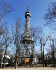 Ein kleiner Eifelturm - Aussichtsturm Petřín auf dem Petřín-Hügel
