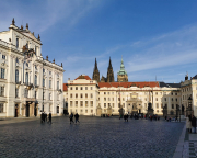Auf dem Weg zur südlichen Wachablösung der Prager Burg