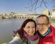 Und da ist es – Selfi vor Hradschin, Veitsdom und Karlsbrücke