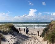 Ostseeurlaub 2017 – Sandiger Zugang zur Ostseeküste am Darßer Leuchtturm