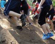 Krass fit bei den XletiX - Kurz nach dem Start geht es los: steil, sandig, richtig schweres Geläuf.