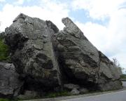 Das Kleine Matterhorn, aufgenommen aus der anderen Blickrichtung von der Straße