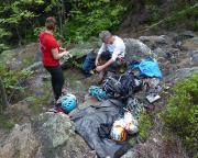 Das Basislager am Fuße des Breithorns ist eingerichtet, Aufrüstung für pseudoalpine Bergfahrten