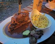 Schäufele zum Tagesausklang, original fränkische Küche im Gasthof Johanniter