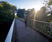 Auf den letzten Tageskilometern im Kurpark von Bad Mergentheim