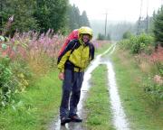 Von heftigen Regenschauern überrascht - auf dem Wege nach Steinbach am Wald