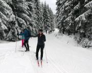 Unterwegs aus der Isergebirgsmagistrale – die Zahl der Skifahrer war gewaltig