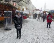 Am Tag danach dann Schnee von oben, und zwar reichlich – Weihnachtsmarkt Görlitz