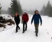 Isergebirge im Dezember - Der Abstieg beginnt, fröhlich, lustig, flüssig ....