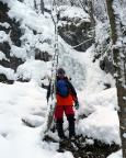 Auf dem Abstieg, der Eisfall ist vom Schnee beräumt