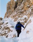 Im Tiefschnee auf dem De-Luca-Innerkofler-Kletterteig, überraschend schön