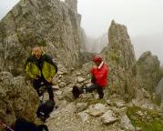 Sextener Rotwand - dann aber ist es soweit, anlegen der Klettersteigausrüstung