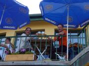 Tagesausklang und das verdiente Siegerbier im Kreuzeckhaus.