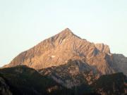 Alpspitze Nordwand  aufgenommen in der Morgendämmerung