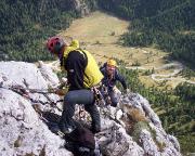 Die letzten Klettermeter zum Standplatz am Gipfel des Kleinen Falzaregoturms
