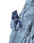 Nach wenigen Klettermetern mit gefrorenen Händen ratlos, wie es weitergeht