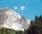 Punta Col de Varda vor den mächtigen Gipfeln der Cadini-Gruppe