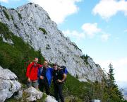 Unser Team vor dem Gipfel unseres Erfolges, den Ruchenköpfen