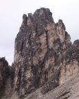 Torre Wundt, Mazzarone - der lange Riss rechts der Mitte des Bildes ist die Linie des Aufstieges