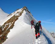 Auf dem Firngrat beim Aufstieg zum Aletschhorn