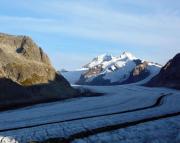 Annäherung zur Überquerung des Großen Aletschgletschers