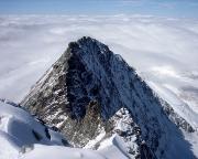 Nur eine der traumhaften Aussichten vom Gipfel – die Glocknerwand