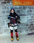 Bereit für eine große Bergfahrt – Maria strahlend in der Station Eismeer