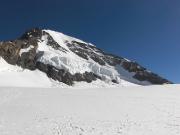 Mönch vom Jungfraujoch, links aufwärts zieht sich der Ostsüdostgrat