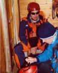 Abwarten auf Wetterbesserung in der Schutzhütte auf dem Gipfel