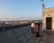 Irgendwann hat man alle Informationen und kann auf dem Dach mit herrlicher Aussicht rechnen