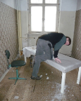 Ehemalige russische Nervenheilanstalt, teilweise findet man noch Inventar