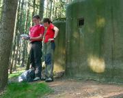 Knoflik - Wiese und Christiane am Start einer Bunkercache-Runde