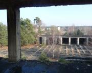 Lost Place Geocache Wladimir Iljitsch Uljanow, Blick auf die Kfz-Hallen