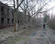 Lost Place Geocache - was von der Straße - und der Kaserne - übrig blieb ...