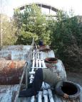 Lost Place Geocache Wladimir Iljitsch Uljanow . Hinweissuche in den Treibstofftanks