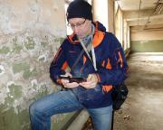 Ja, in alten Gebäuden wird man beim Geocaching schmutzig