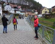 Start der Wanderung im Kurort Ruthen, Richtung Bastei