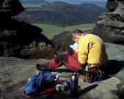 Wegestudium im Kletterführer, es muss doch einen Zugang geben?