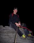 Der Versuch, alle 13 Klettergebiete zu durchwandern und einen Gipfel zu besteigen, beginnt, Wiese – verspätet – auf dem Dieb