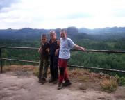 Unser Nachwuchsteam am Aussichtspunkt des Kuhstalls
