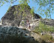 Thomas im Einstieg des Südwestweges III* am Neurathener Felsentor