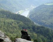 Ein anderer Blick auf den Gipfel der Tante mit Elbtal, aufgenommen vom Vorderen Torsteinkegel