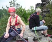 Da sitzen schlappe 150 Lebensjahre - der Kletterer rechts neben Peter ist 80 Jahre alt ...