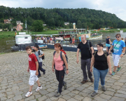 Nach der Dampferfahrt ab Bad Schandau  Ausstieg in Stadt Wehlen - nun ging es per S-Bahn zurück.