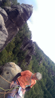 Wiese auf dem Gipfel des 1. Lehntsteifturms, auf dem Gipfel im Hintergrund Ralf und Jens. Nur durch Drehen der Kamera war diese Aufnahme möglich.