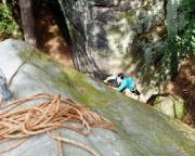 Eine überraschend moosige Herausforderung - der Alte Weg an der Bärensteinscheibe.