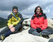 Nach der zweiten Tour im Sonnenschein mit Maria auf dem Gipfel des Rabentürmchens