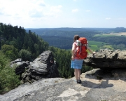 Kleiner Zschirnstein Gipfel mit  Blick zum Zschirnsteinwächter